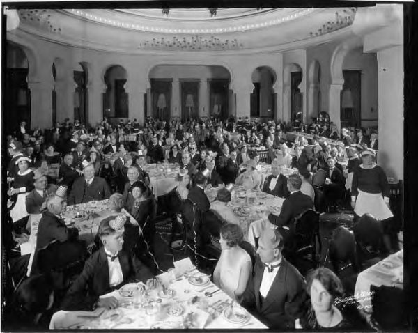 Kiwanis_Club_banquet_in_dining_room_of_the_Tampa_Bay_Hotel_Tampa_Fla-1-(1).jpg